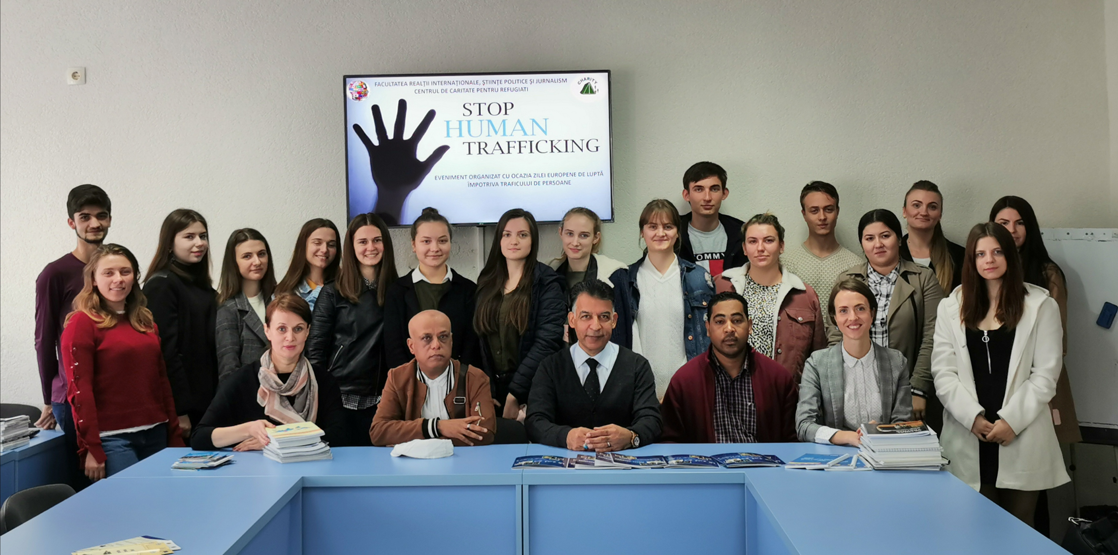 """Prelegere publică """"Stop traficului de ființe umane"""", susținută de Djavid Paknehad, directorul Centrului de Caritate pentru Refugiați"""