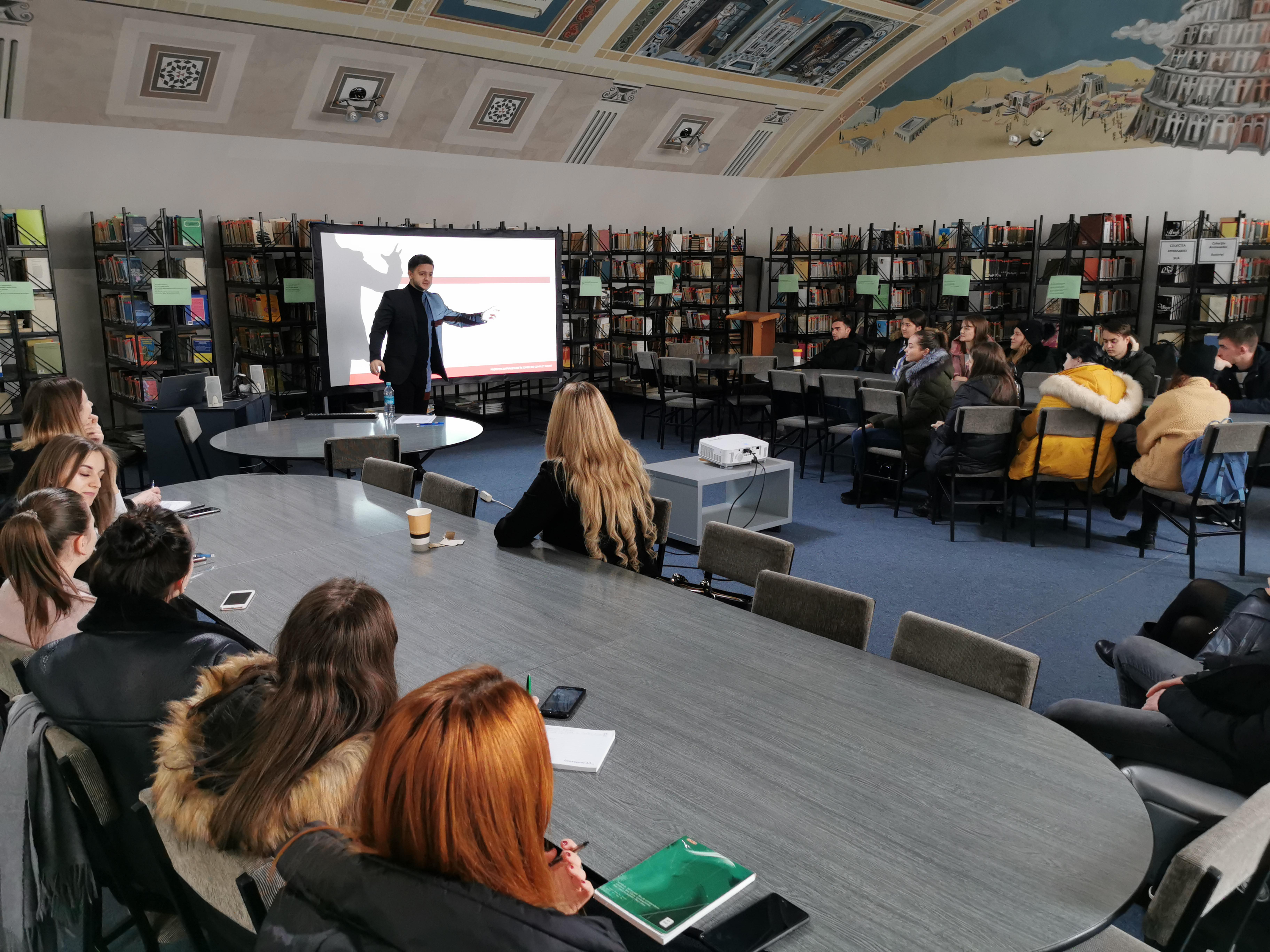 """Prelegere publică: """"Protecția jurnaliștilor în zonele de conflict armat"""""""